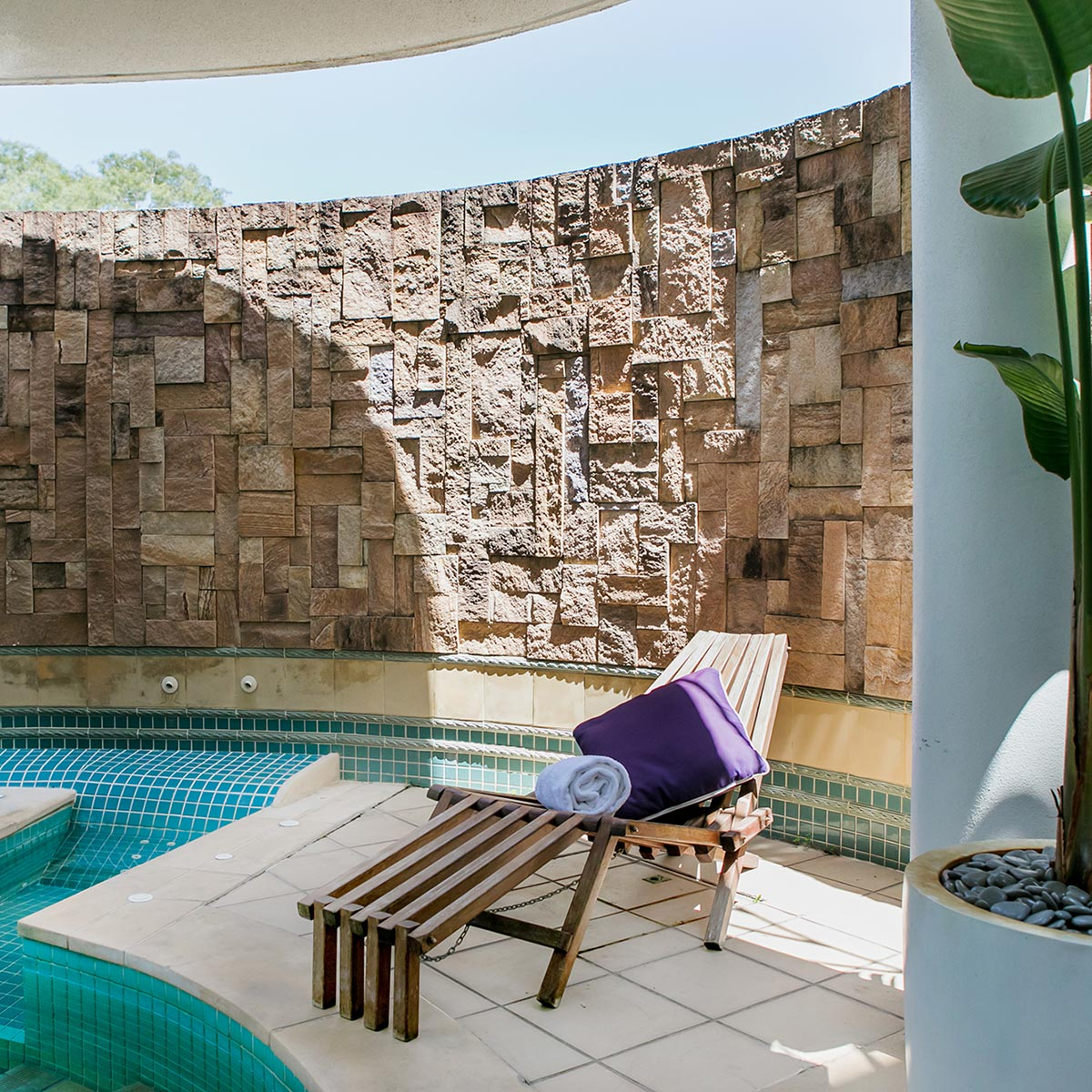 Aqua Day Spa, Noosa - Therapy Pool